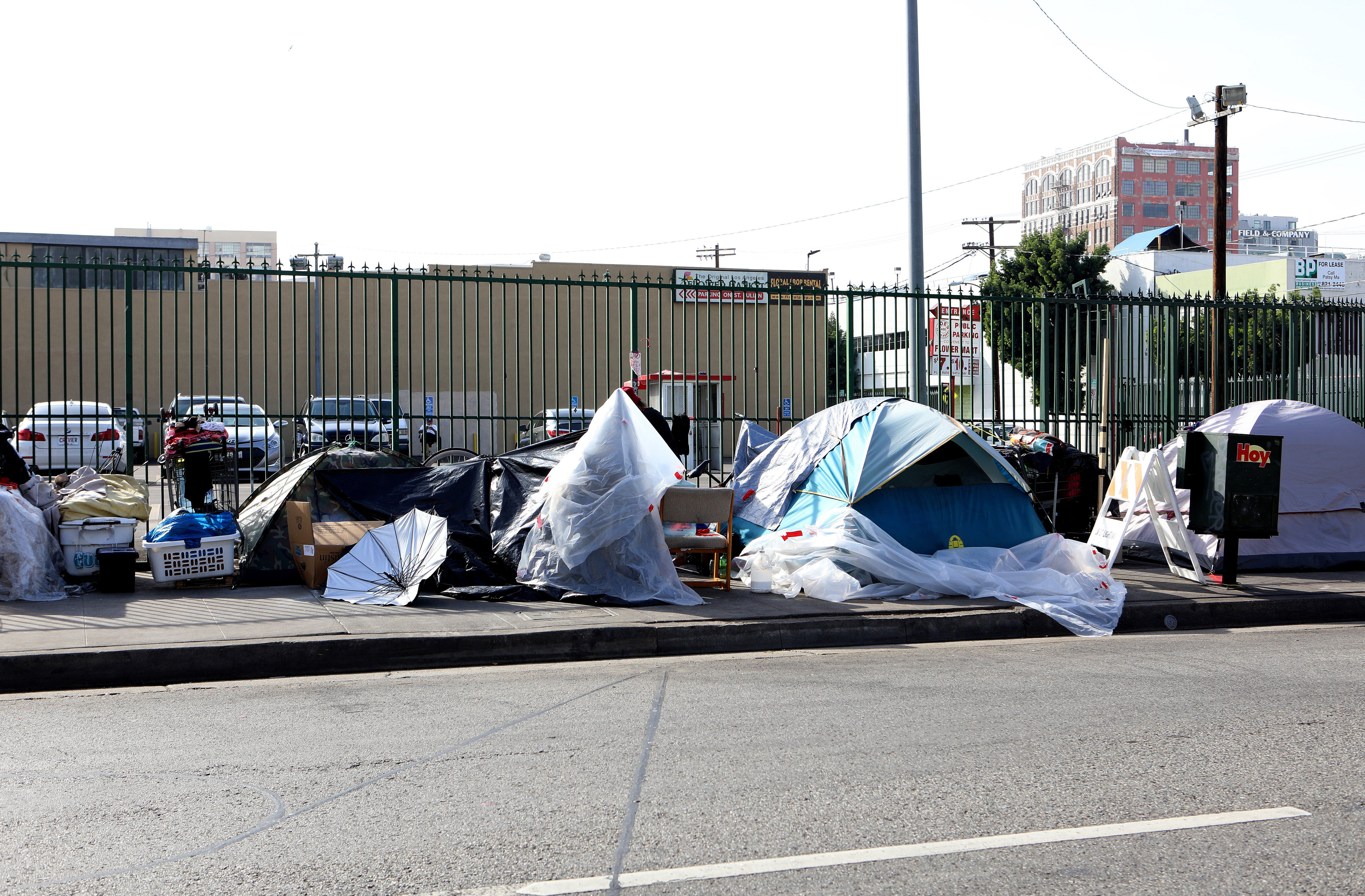 L.A.'s homeless population has grown by 75% in 6 years - Axios