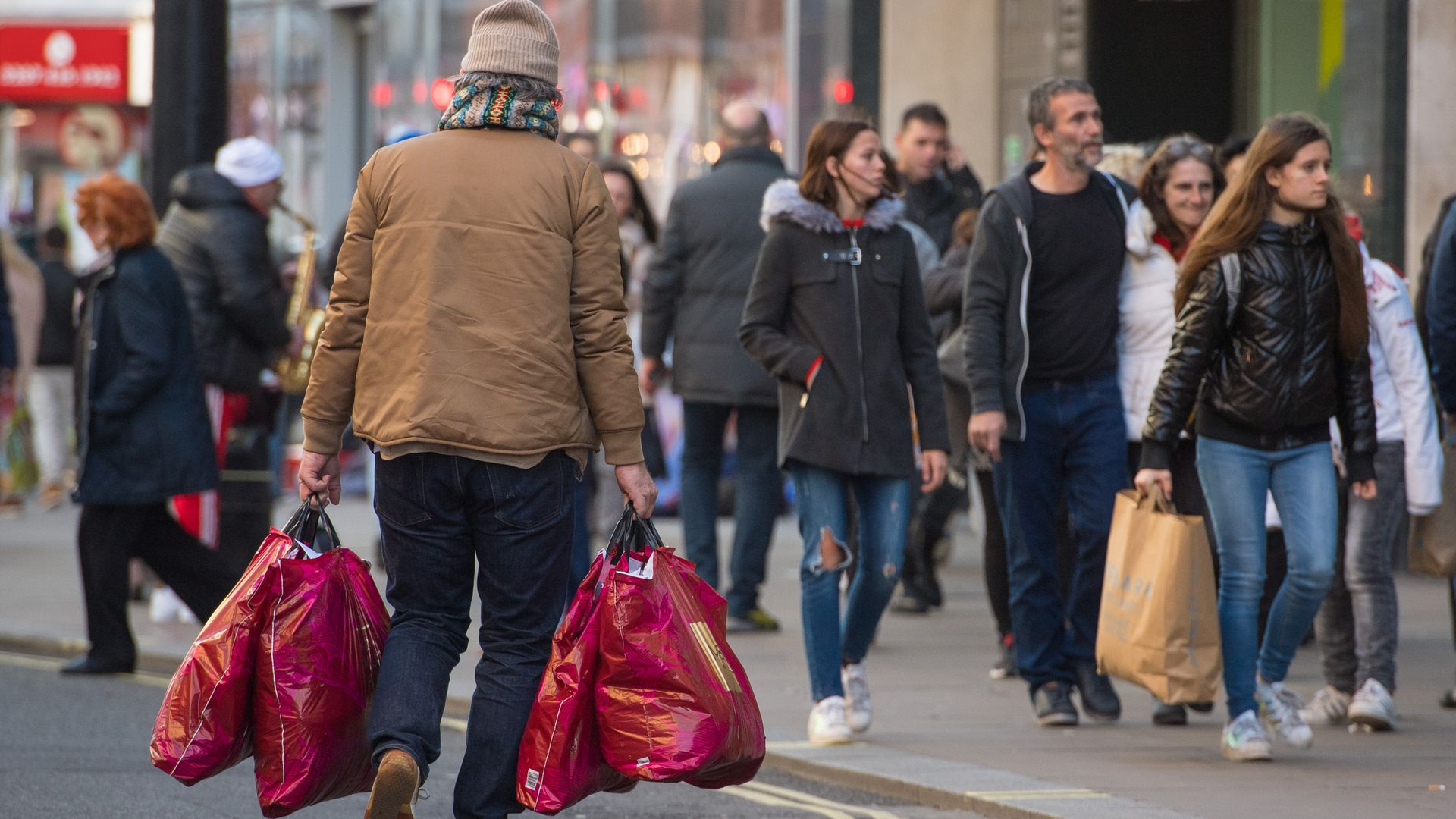 Shoppers doing last minute christmas shopping