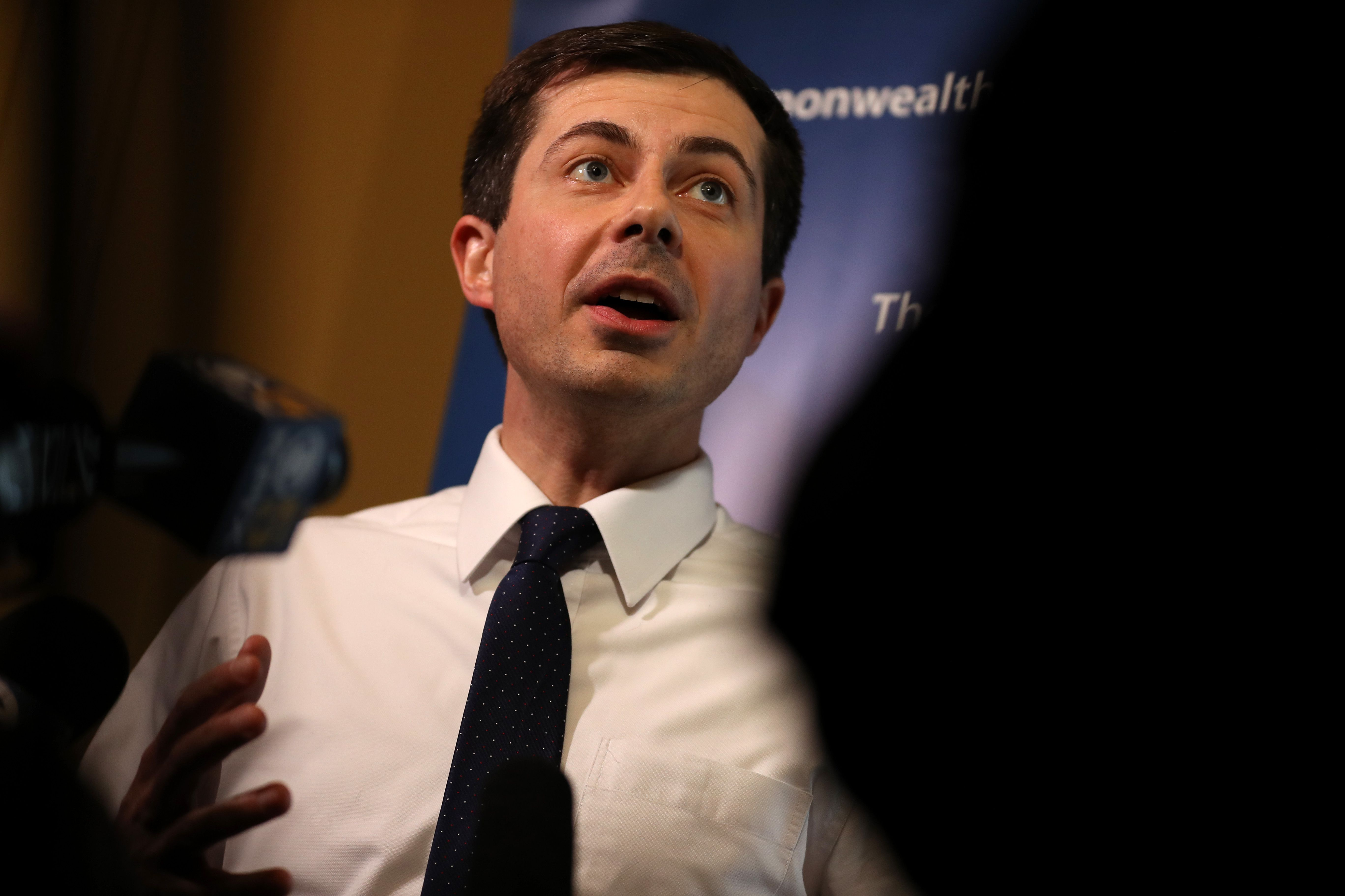 Interest in Pete Buttigieg is exploding - Axios