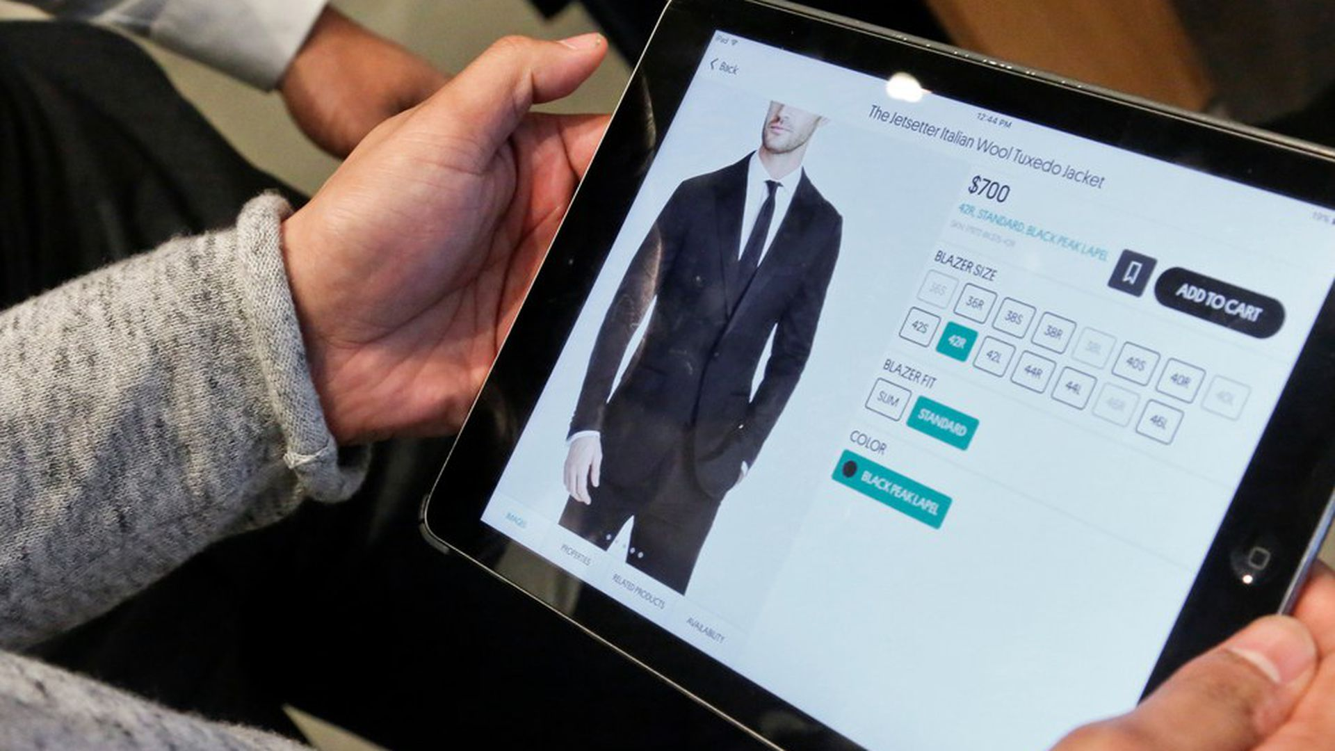 Survey: Only half of Americans think they know when online shopping is safe