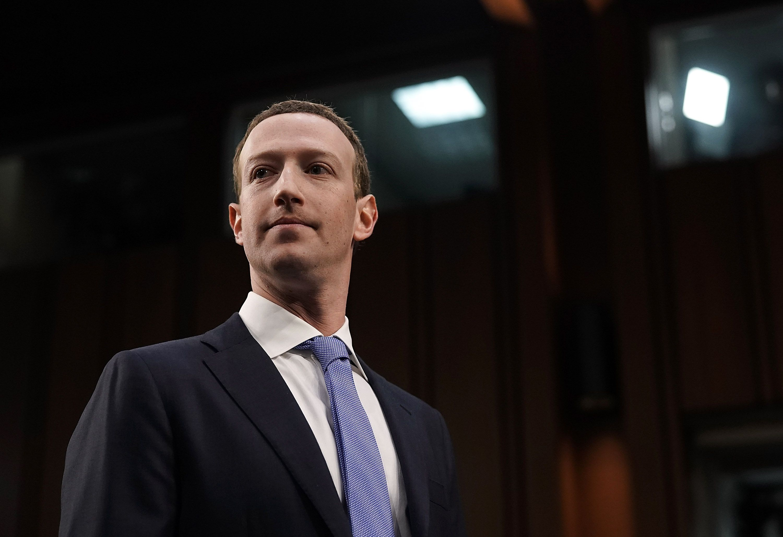 Trump and Zuckerberg share phone call amid social media furor