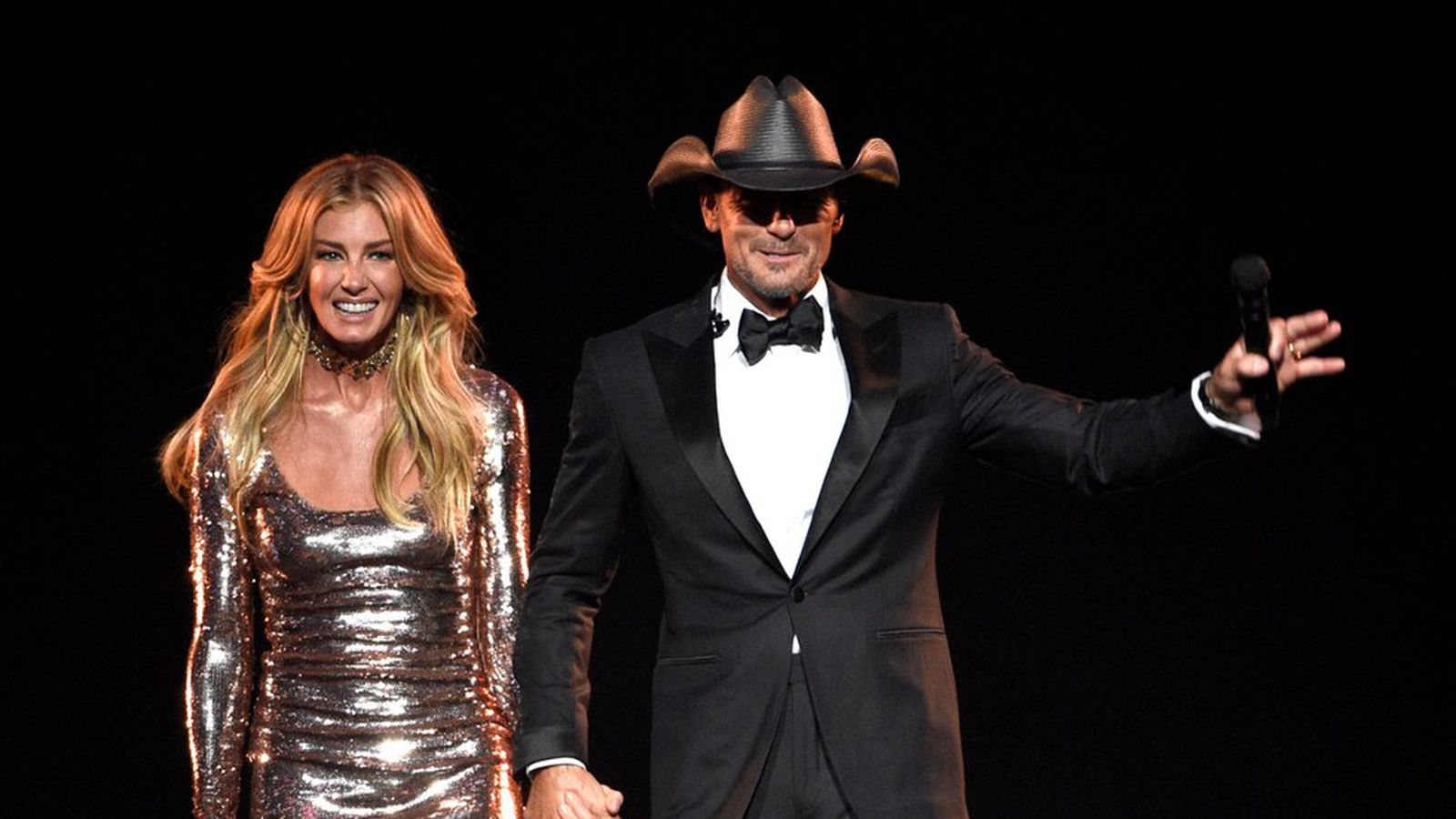 762f3394b9969 Tim McGraw and Faith Hill voice support for gun control - Axios