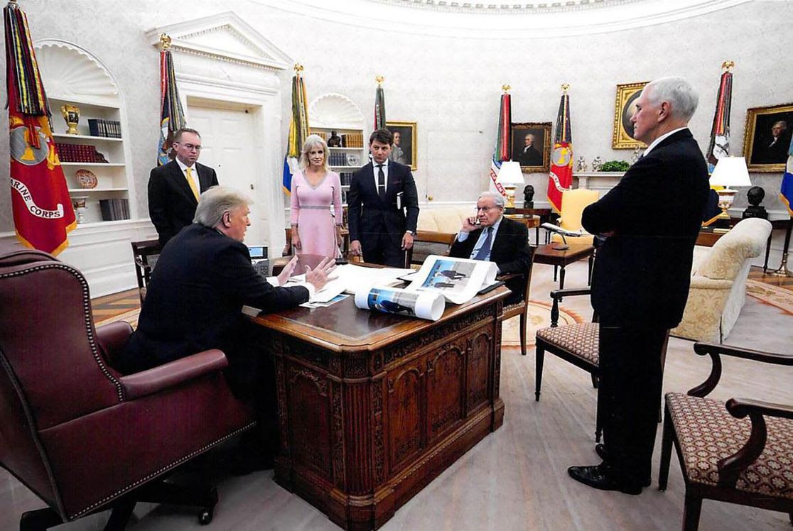 Photo gives look at Bob Woodward interviewing Trump in Oval Office