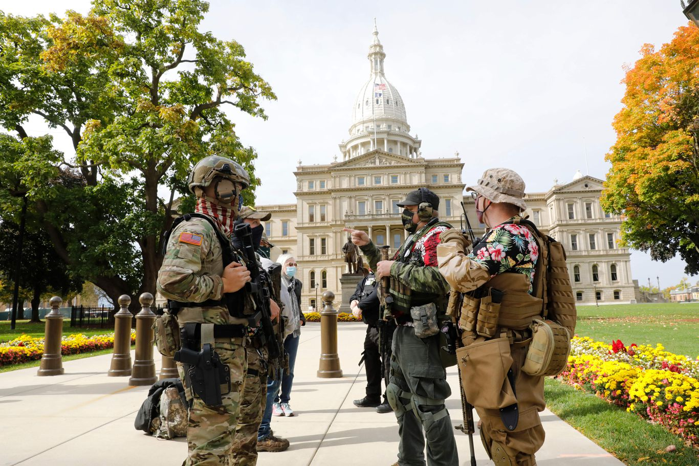 Judge overturns ban on open carry of guns at Michigan polling places