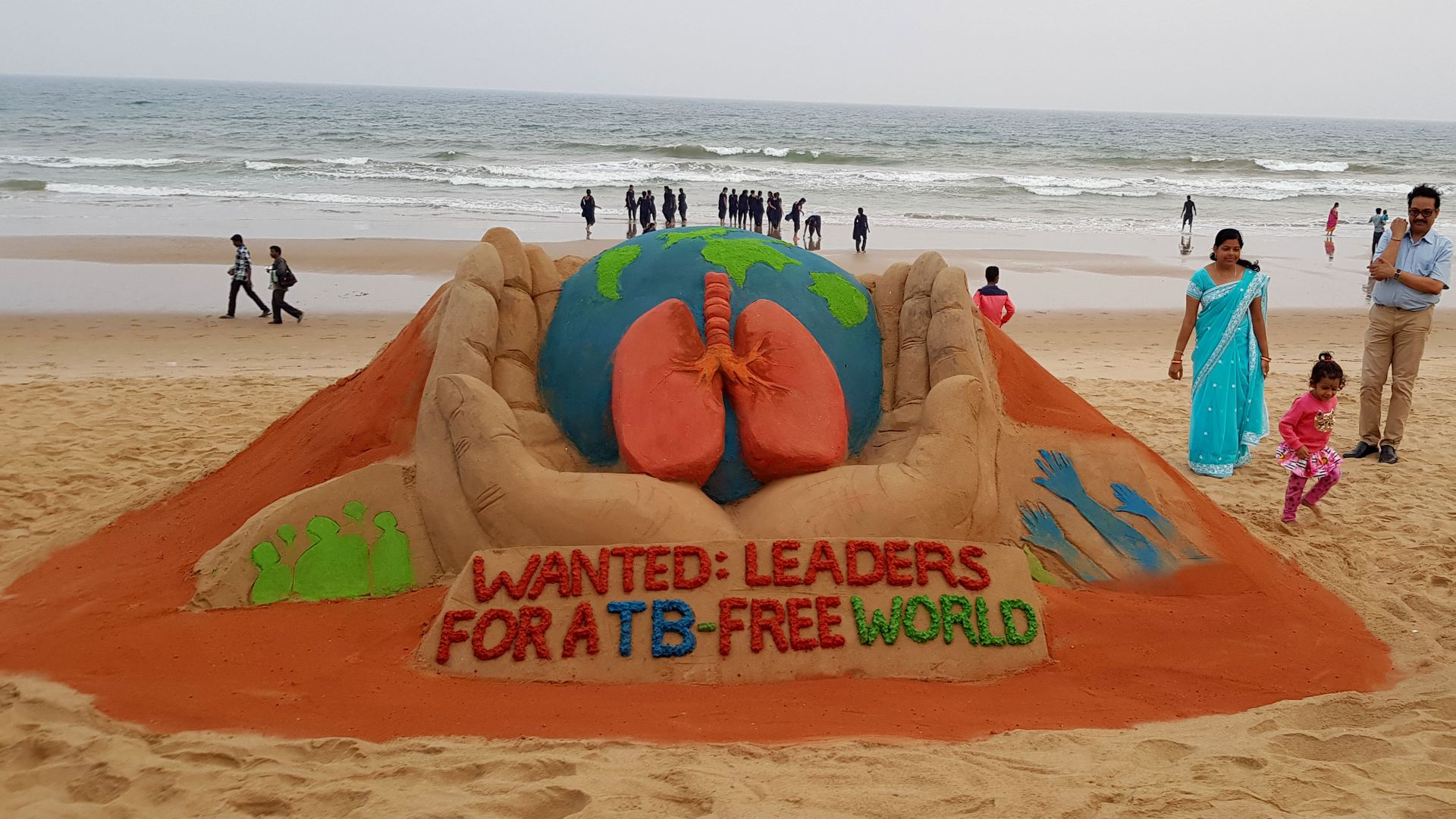 Photo of sand sculpture in India urging leaders to create a TB-free world