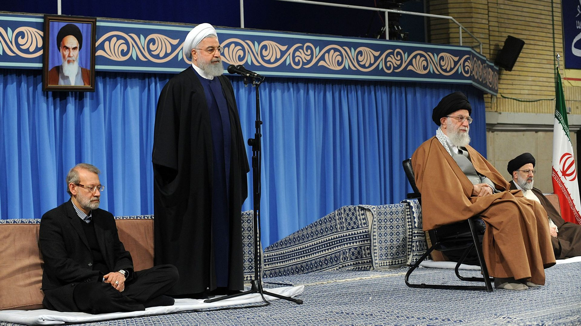 Rouhani and Khamanei on stage together