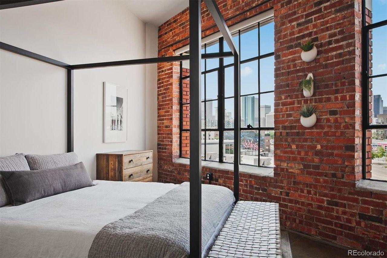 2500 Walnut St. #303 bedroom