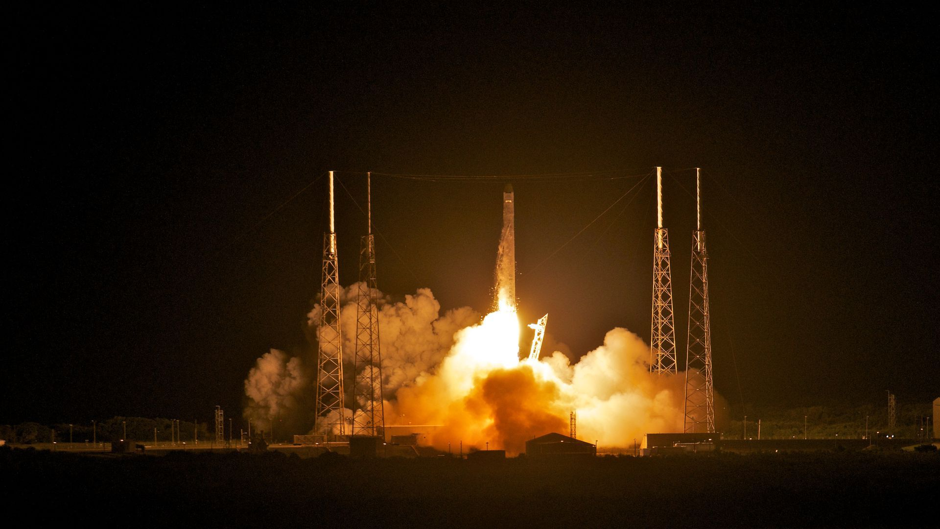 Rocket photo for SpaceX story