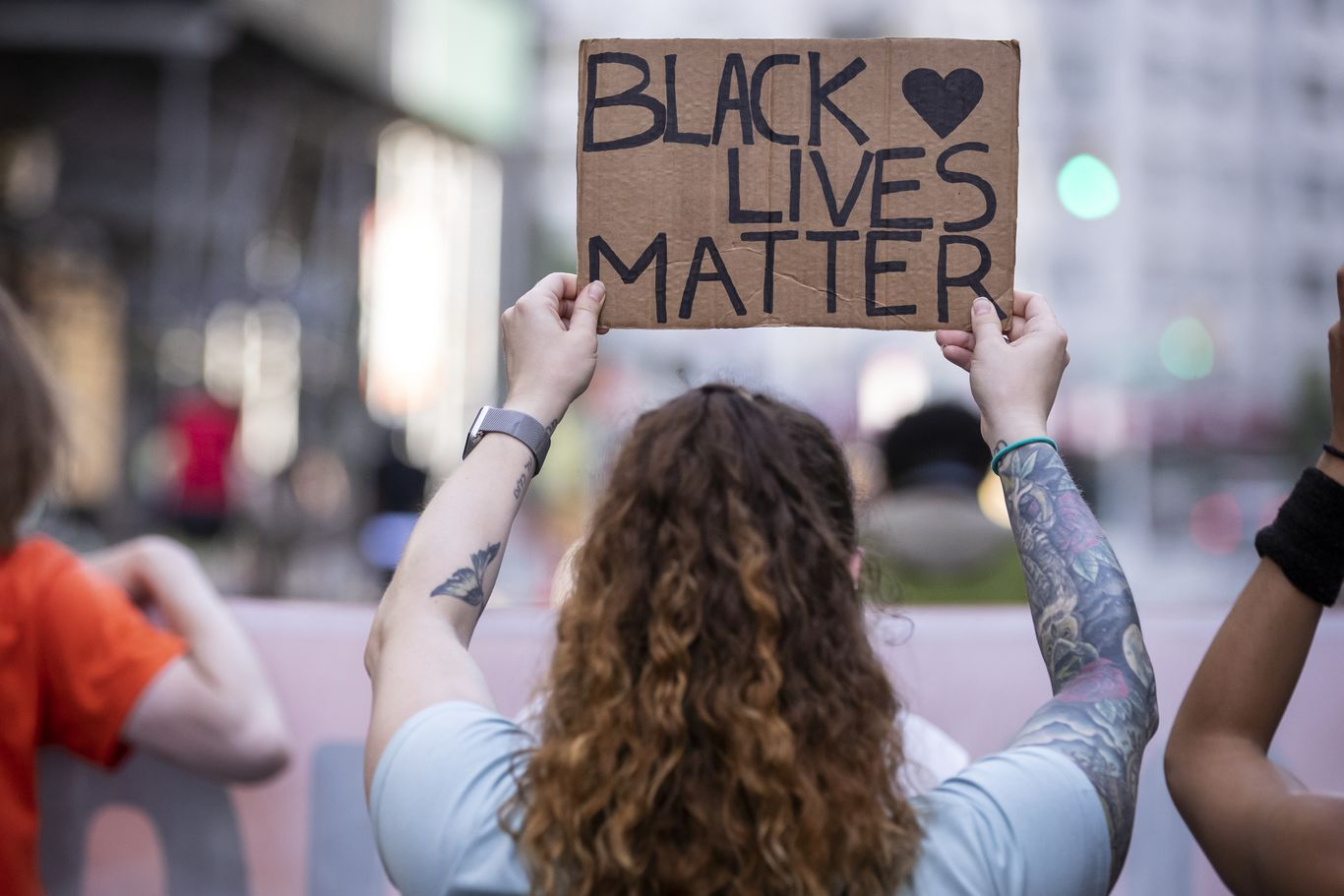 Shooting at Black Lives Matter protest in Austin, Texas thumbnail