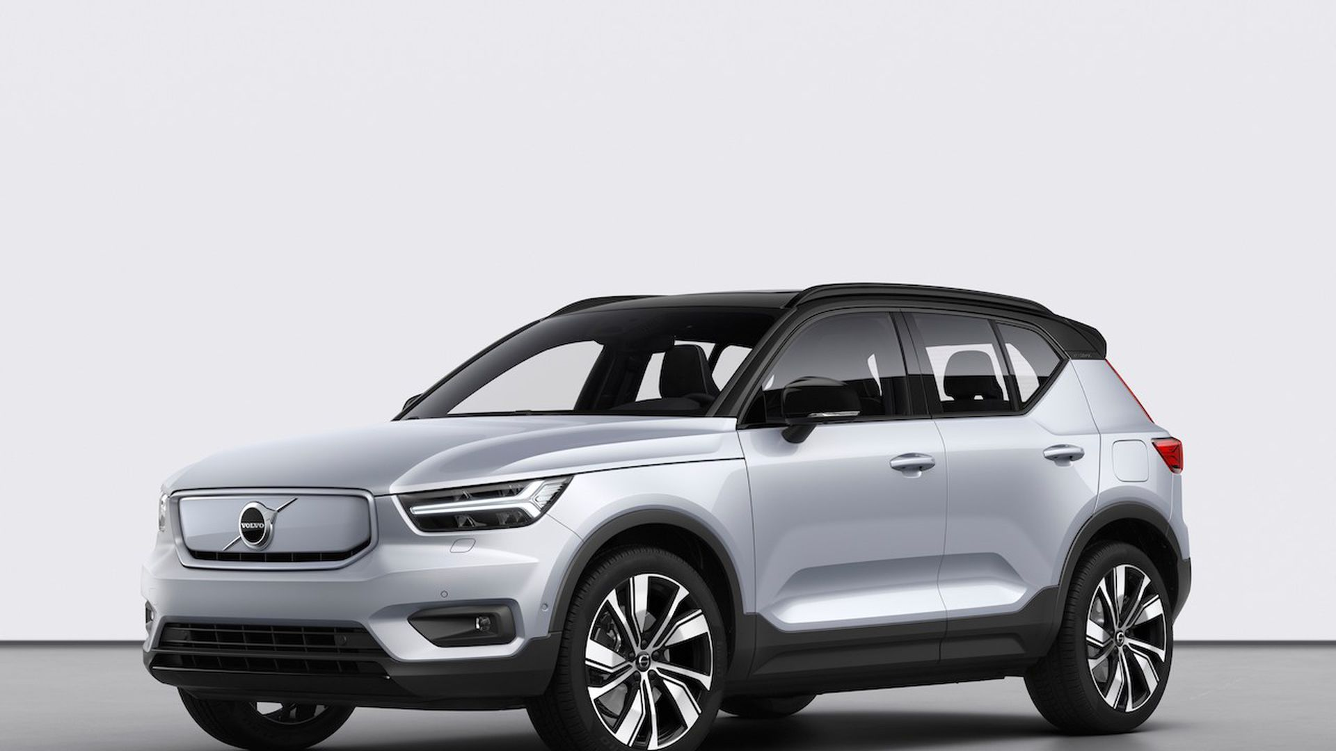 Photo of Volvo's new XC40 Recharge electric SUV.