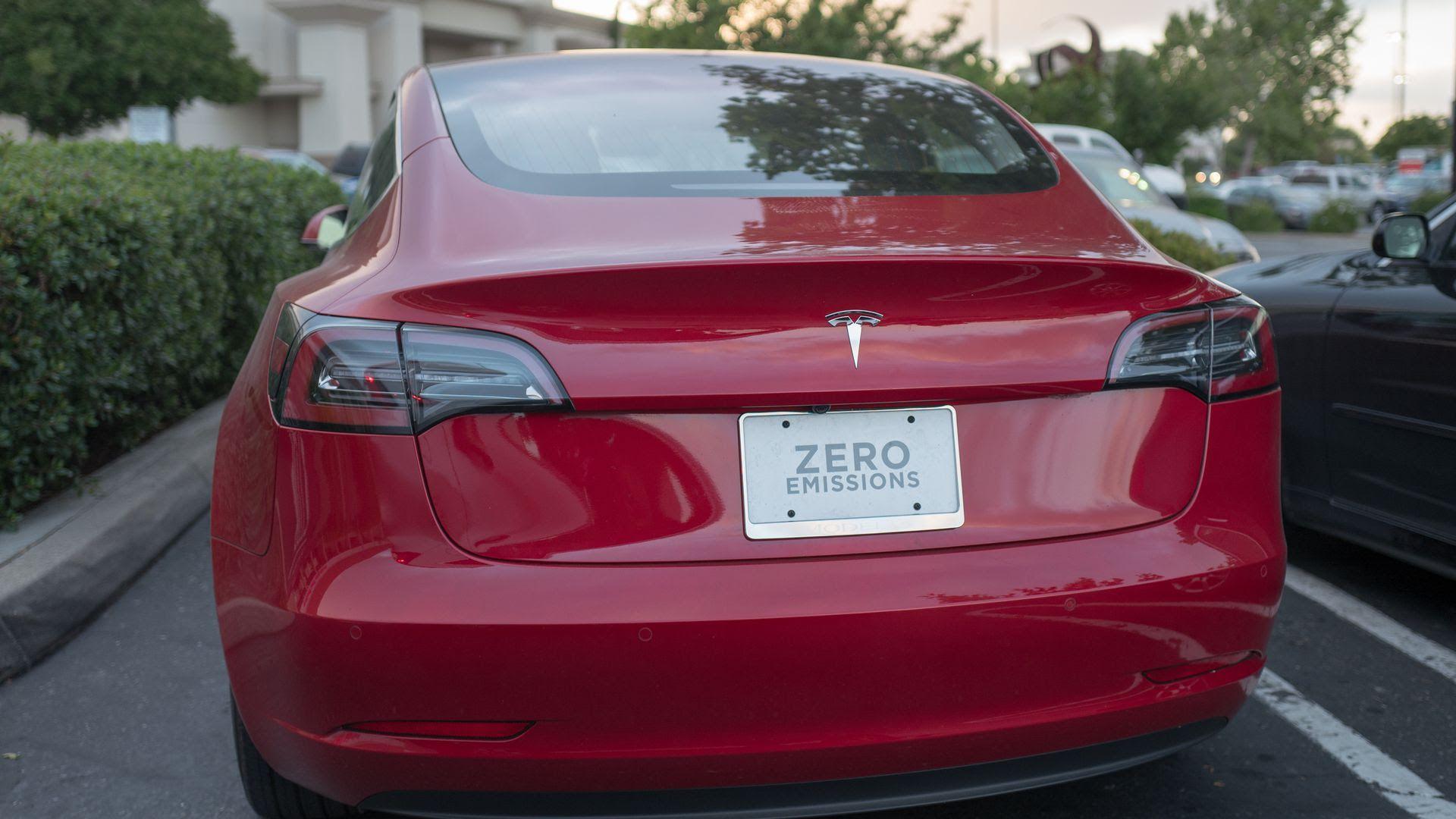 GM is eating Tesla's exhaust - Axios