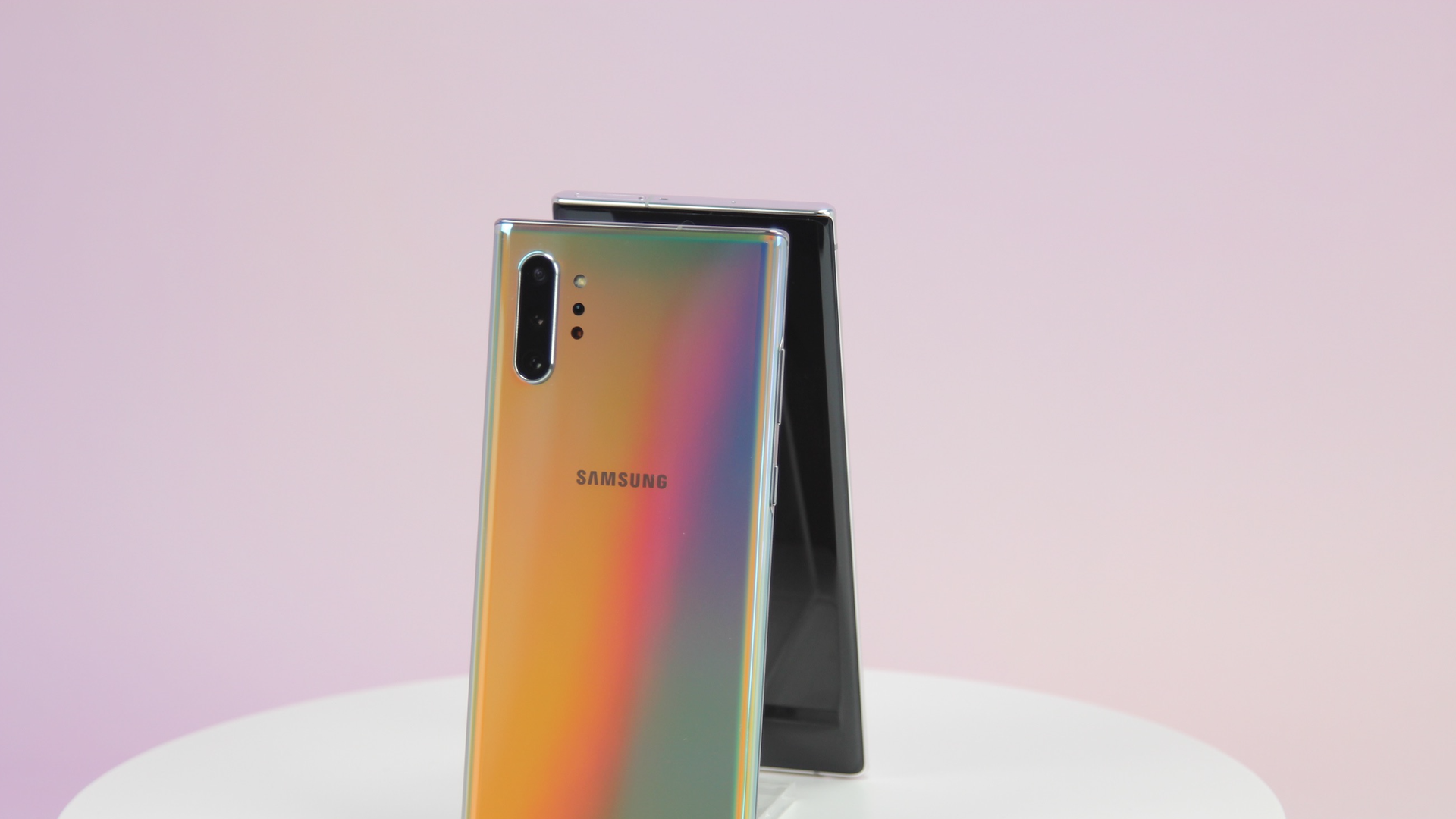 Samsung's Note 10 on a pedestal