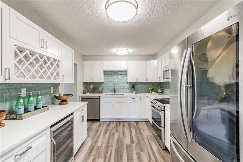 4301 W. Knights Ave. kitchen