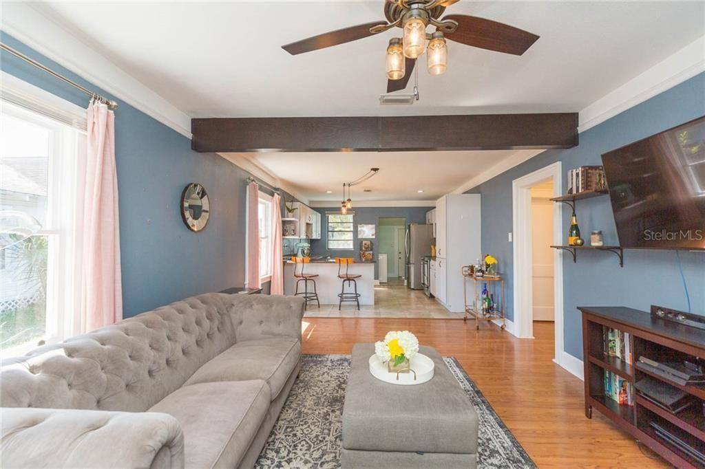104 W. North Bay St. living room