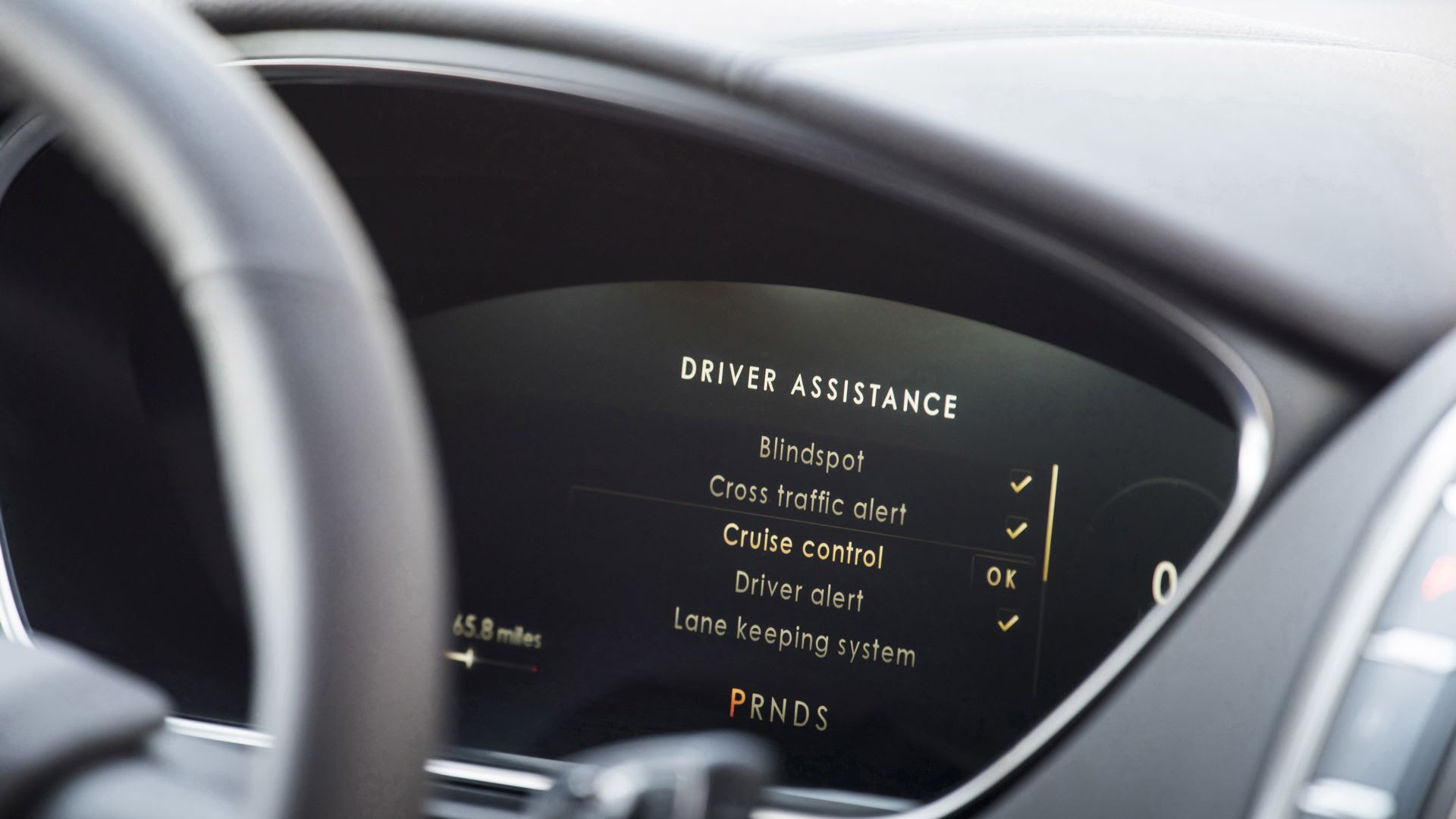Driver assistance features in Lincoln's 2019 Nautilus