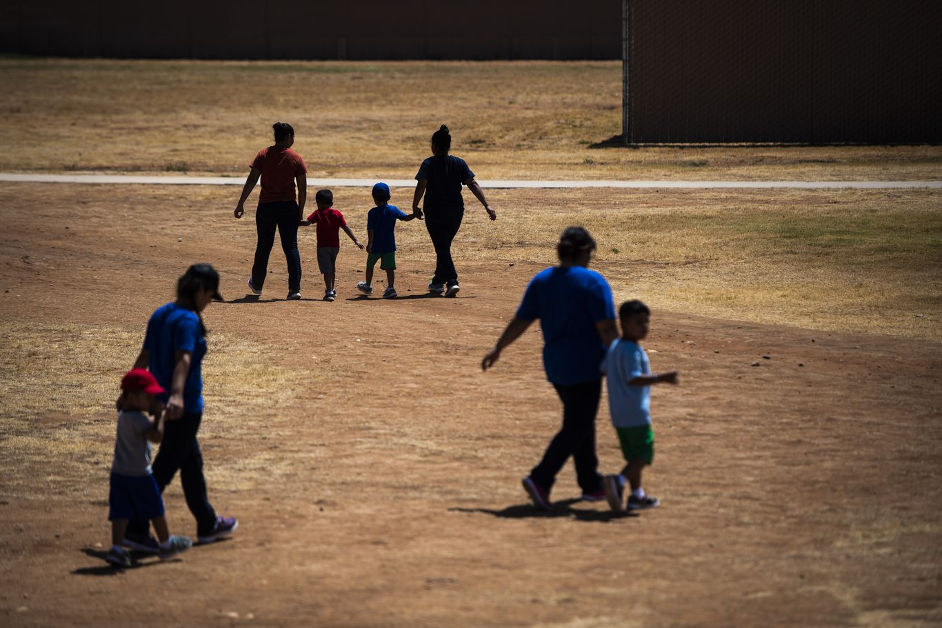 Judge orders ICE to release children from family detention centers amid coronavirus
