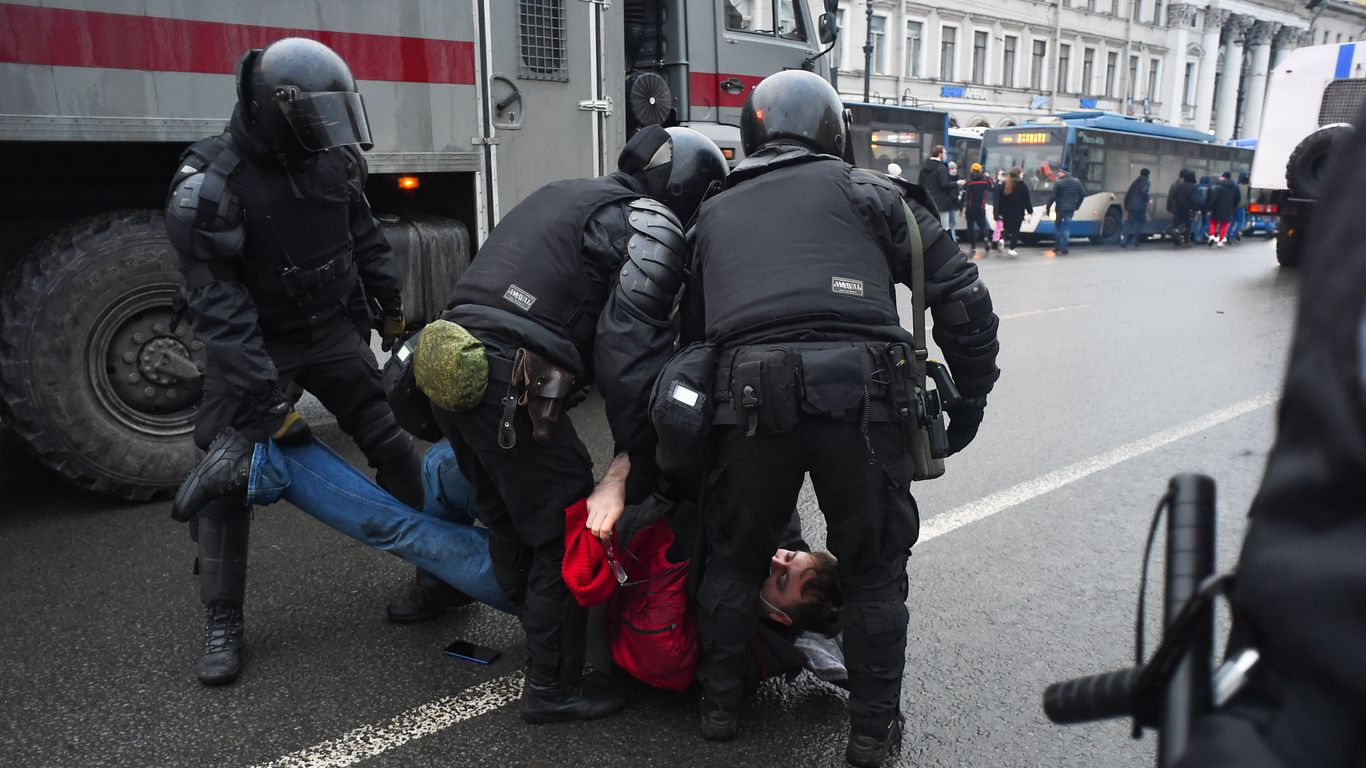 Russian police arrested over 3,000 protesters demanding Navalny's release