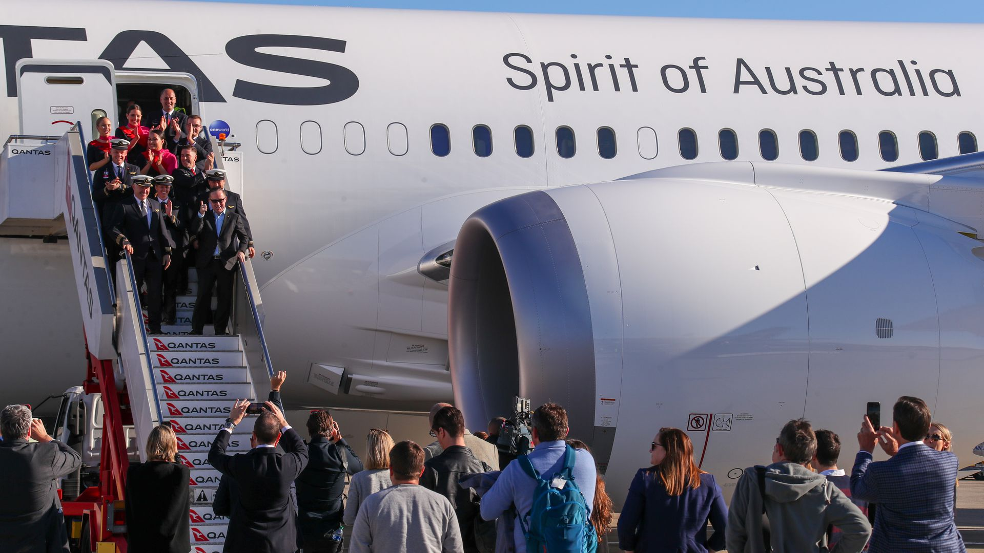 Record-setting longest commercial flight arrives in Sydney from NYC after 19 hours in the air