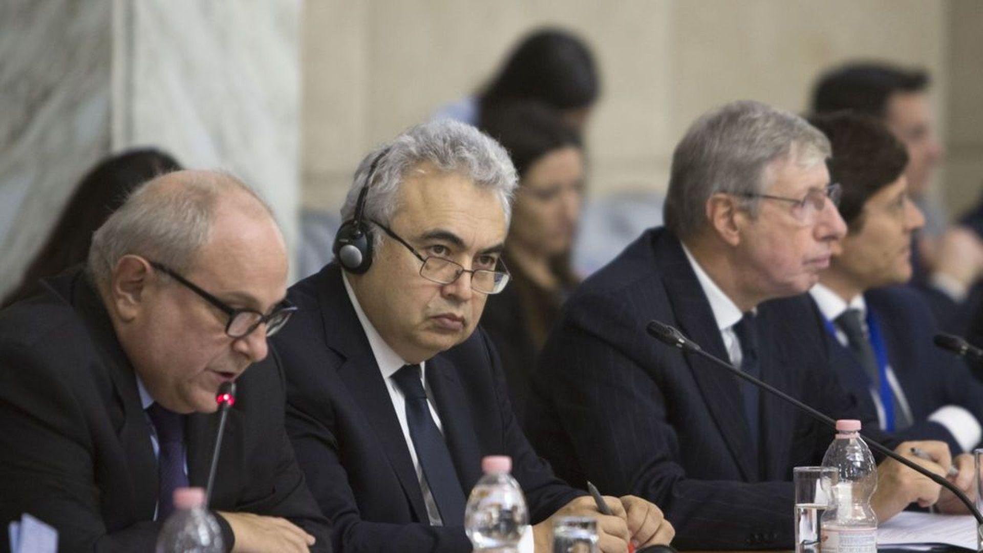 Executive director of the International Energy Agency, Faith Birol (center). Photo: Riccardo De Luca/Anadolu Agency/Getty Images