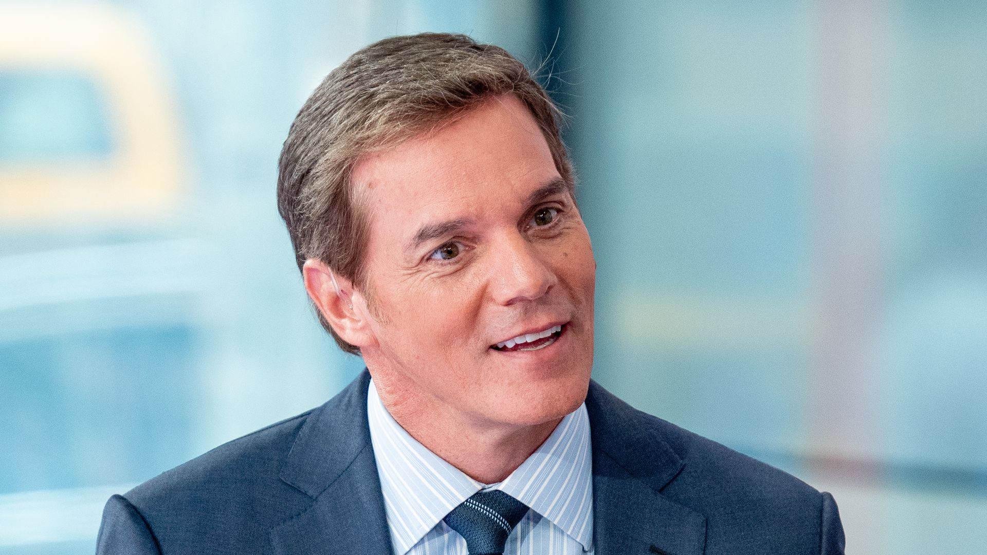 Fox News replacing Shep Smith with Bill Hemmer
