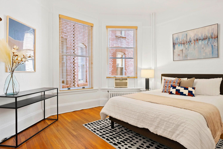 1441 N Pennsylvania St #11 bedroom