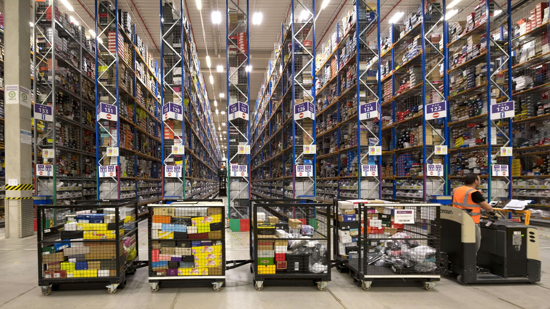 An Amazon fulfillment center, fully stocked for Black Friday. Photo: Matthew Horwood/Getty Images