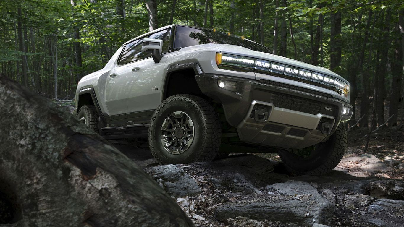 GM dives full-throttle into electric GMC Hummer thumbnail
