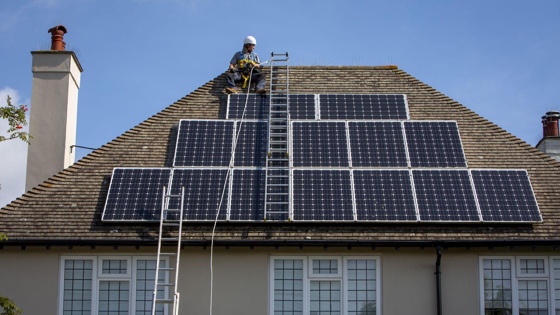 PG&E electricity shut-offs drive Californians' interest in solar power