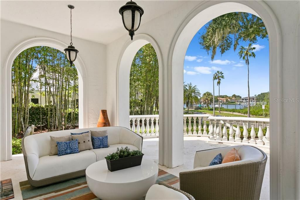 823 S Bayside Dr outdoor living