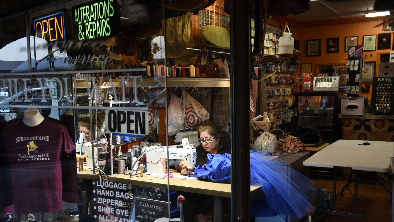 Small businesses face post-lockdown cash crunch thumbnail