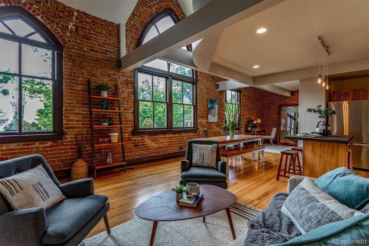 549 W. 1st Ave. interior