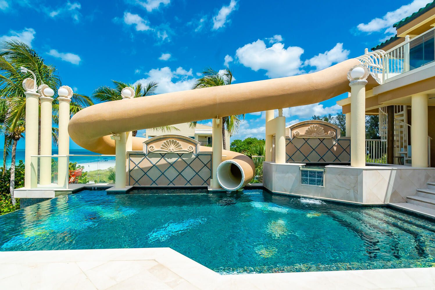 3105 Gulf of Mexico Drive slide