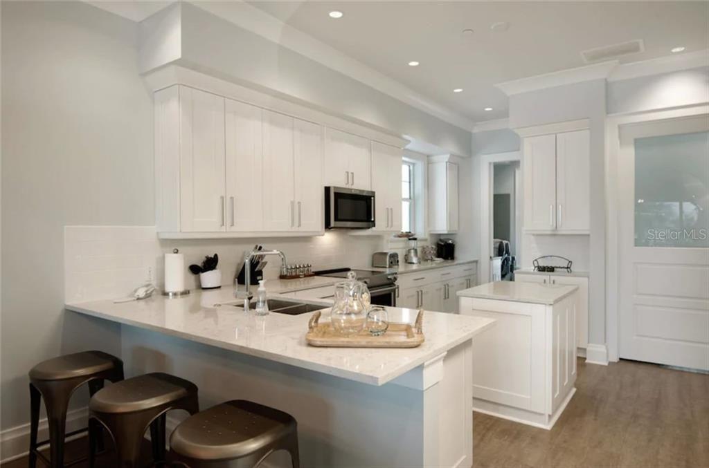 152 Brightwater Drive #1 kitchen