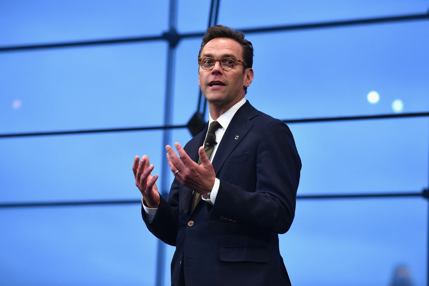 "James Murdoch exits News Corp. board, citing editorial ""disagreements"" thumbnail"
