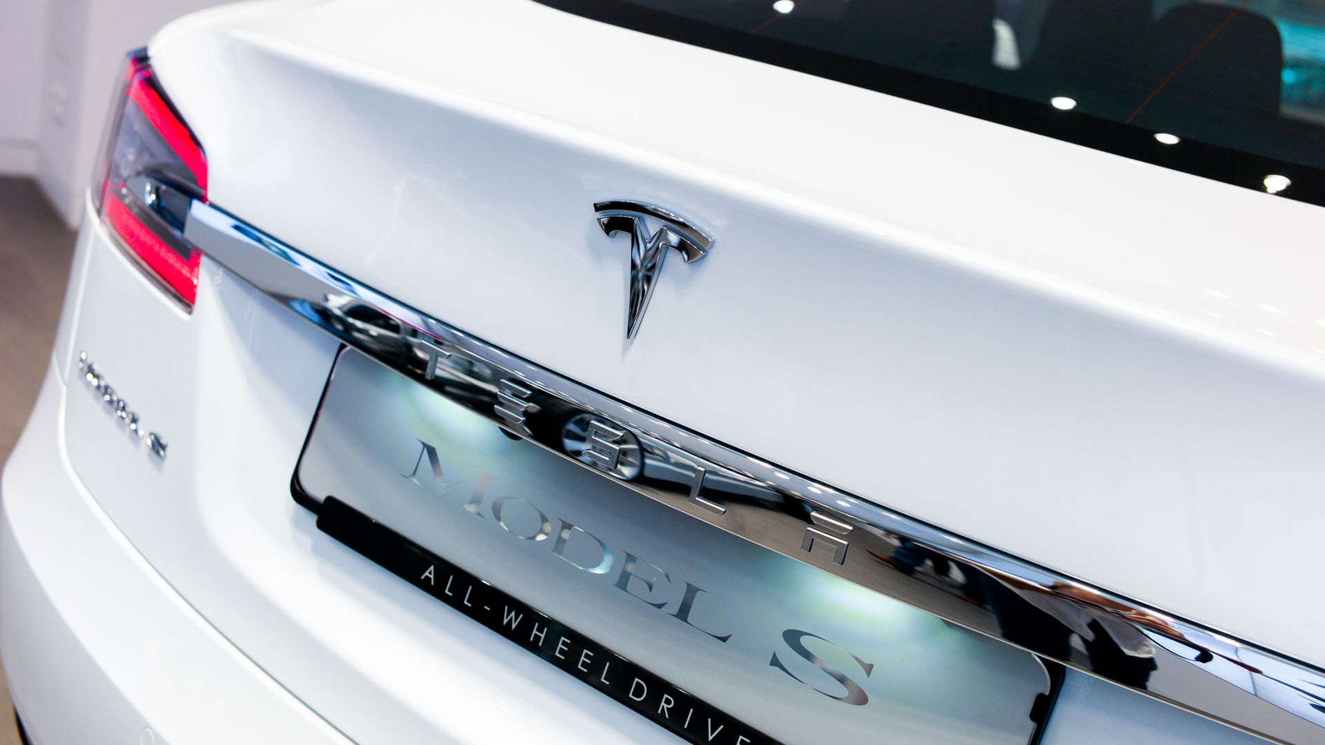 This image is the rear end of a Tesla Model S car.