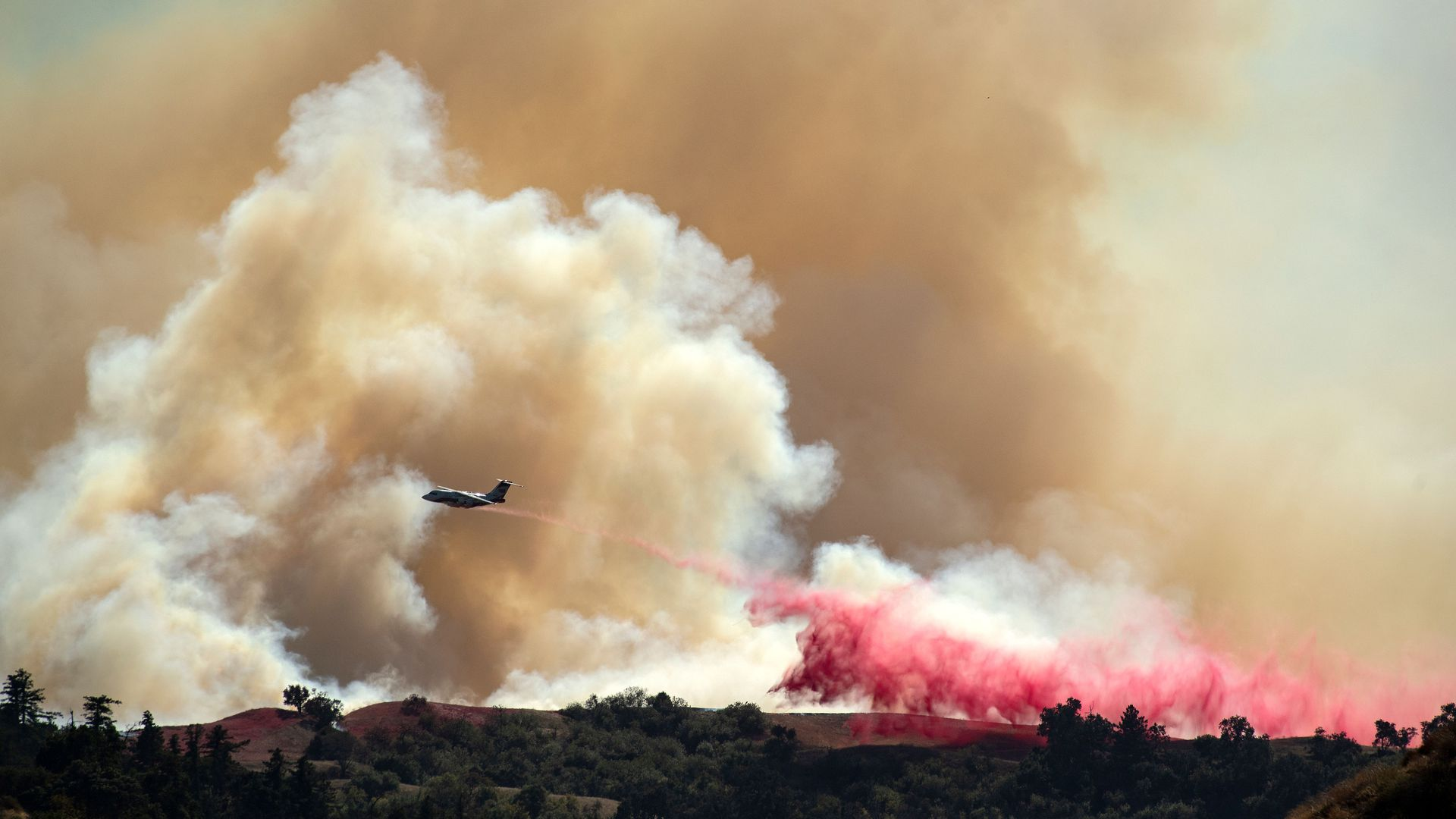 southern california wildfires: thousands evacuated - axios
