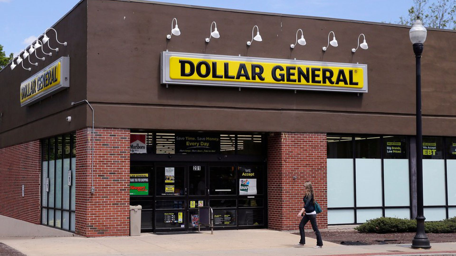 8d77b0dd5 Dollar General to open 900 new stores in 2018 - Axios