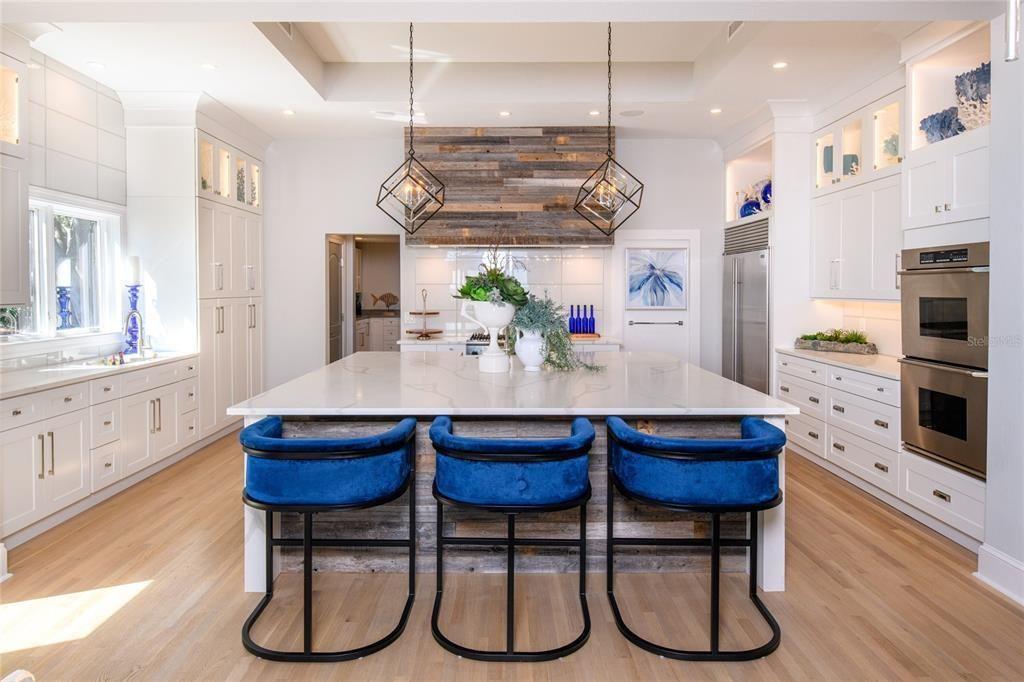1365 Brightwaters Blvd NE kitchen