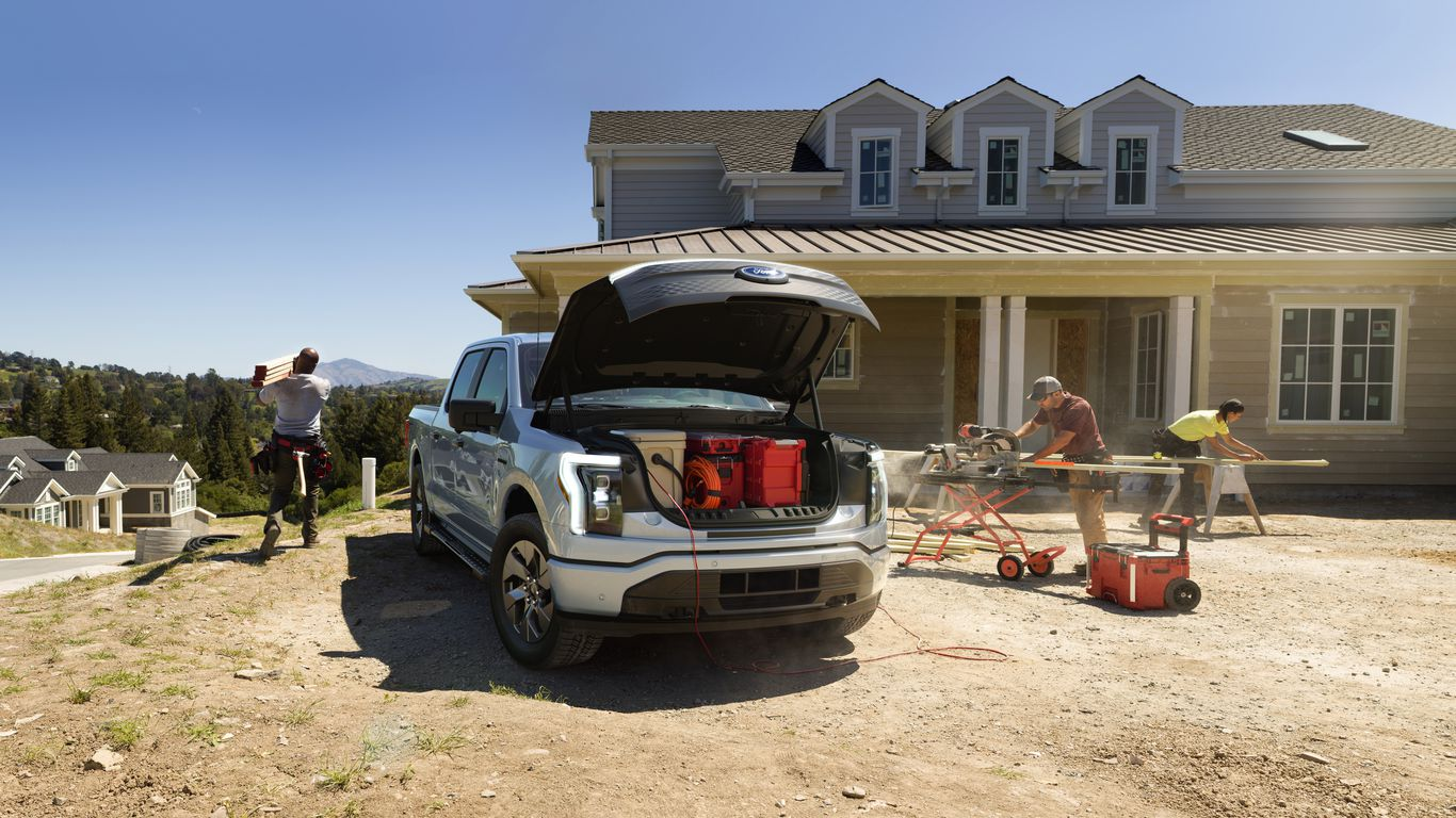 Ford F-150 Lightning could indicate a turning point for electric vehicles thumbnail