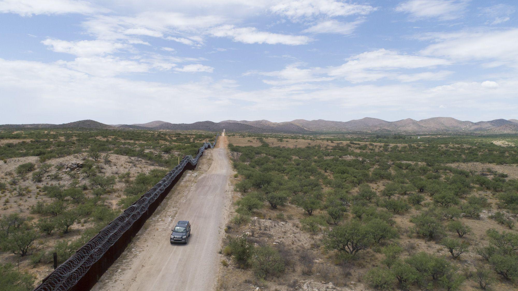 Trump could begin deporting asylum-seekers to Honduras by 2020 - Axios