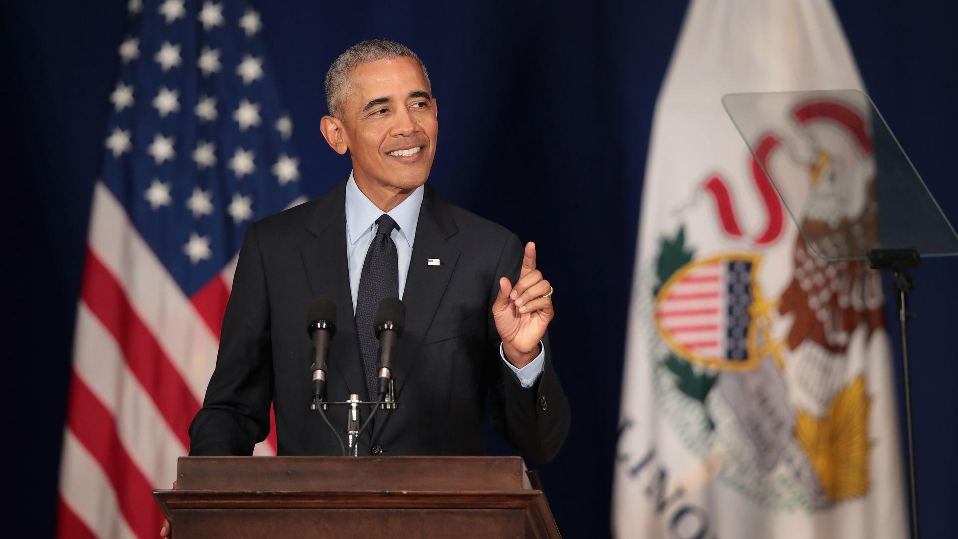 Former President Barack Obama speaks to students at the University of Illinois