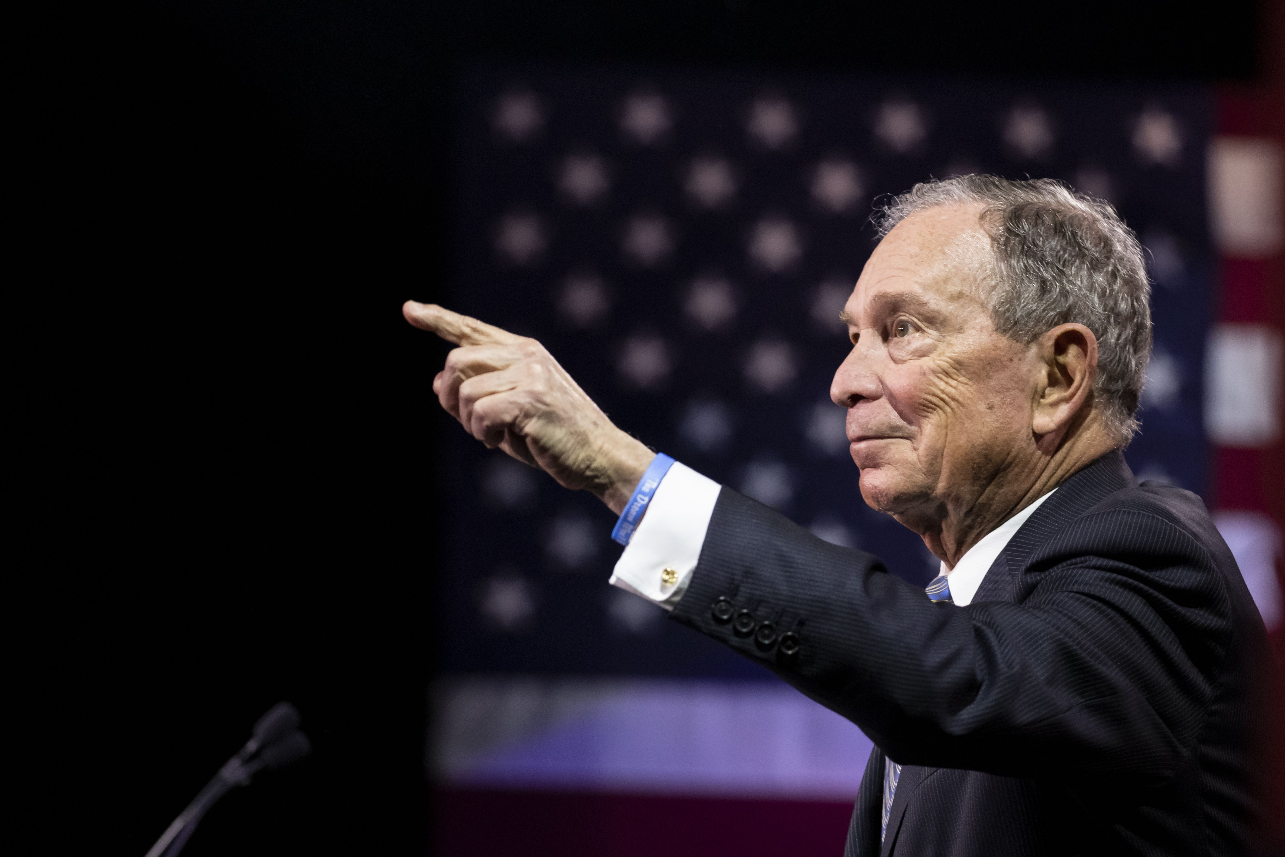Mike Bloomberg endorsed by 3 Congressional Black Caucus members - Axios