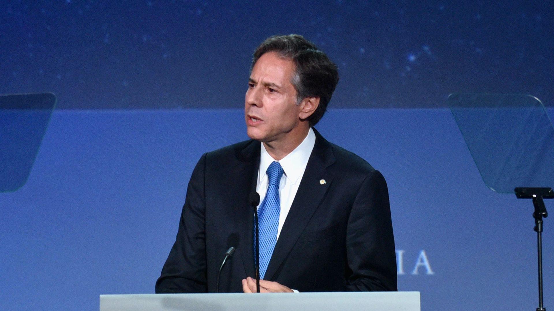 """Bidens Top-Diplomat ruft zum Wiederaufbau von US-Allianzen auf, um """"Bedrohungen"""" zu begegnen"""