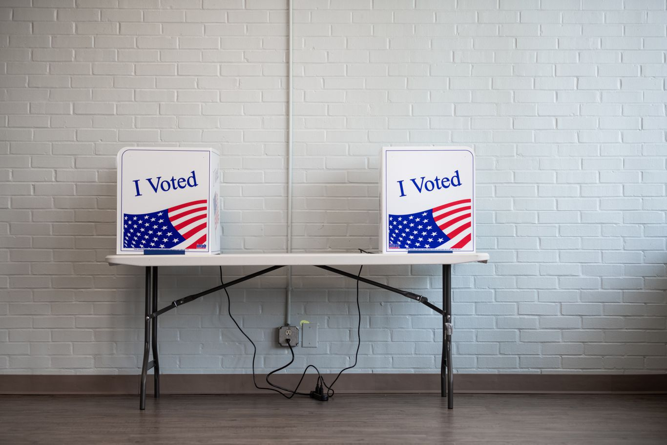 """N.C. election board refutes Trump: """"It is illegal to vote twice"""" thumbnail"""
