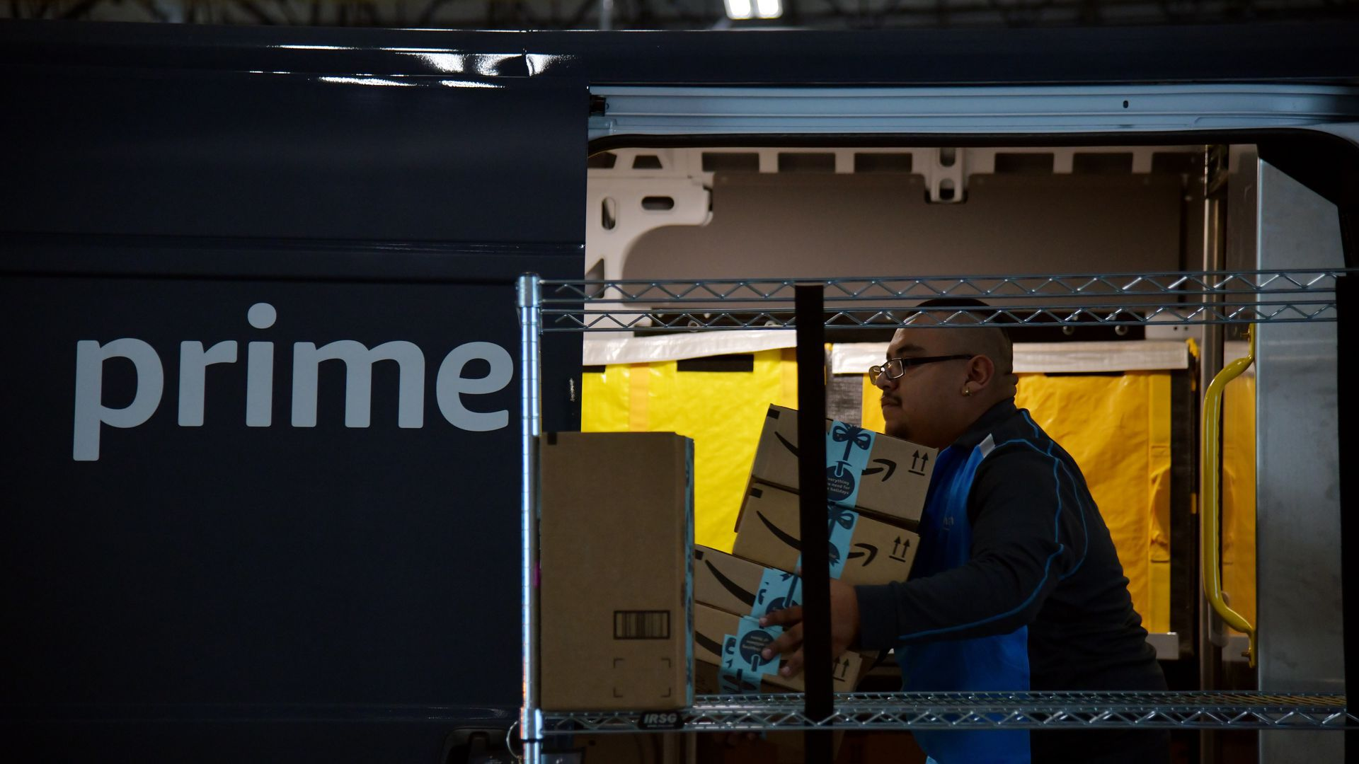 Amazon shipping worker