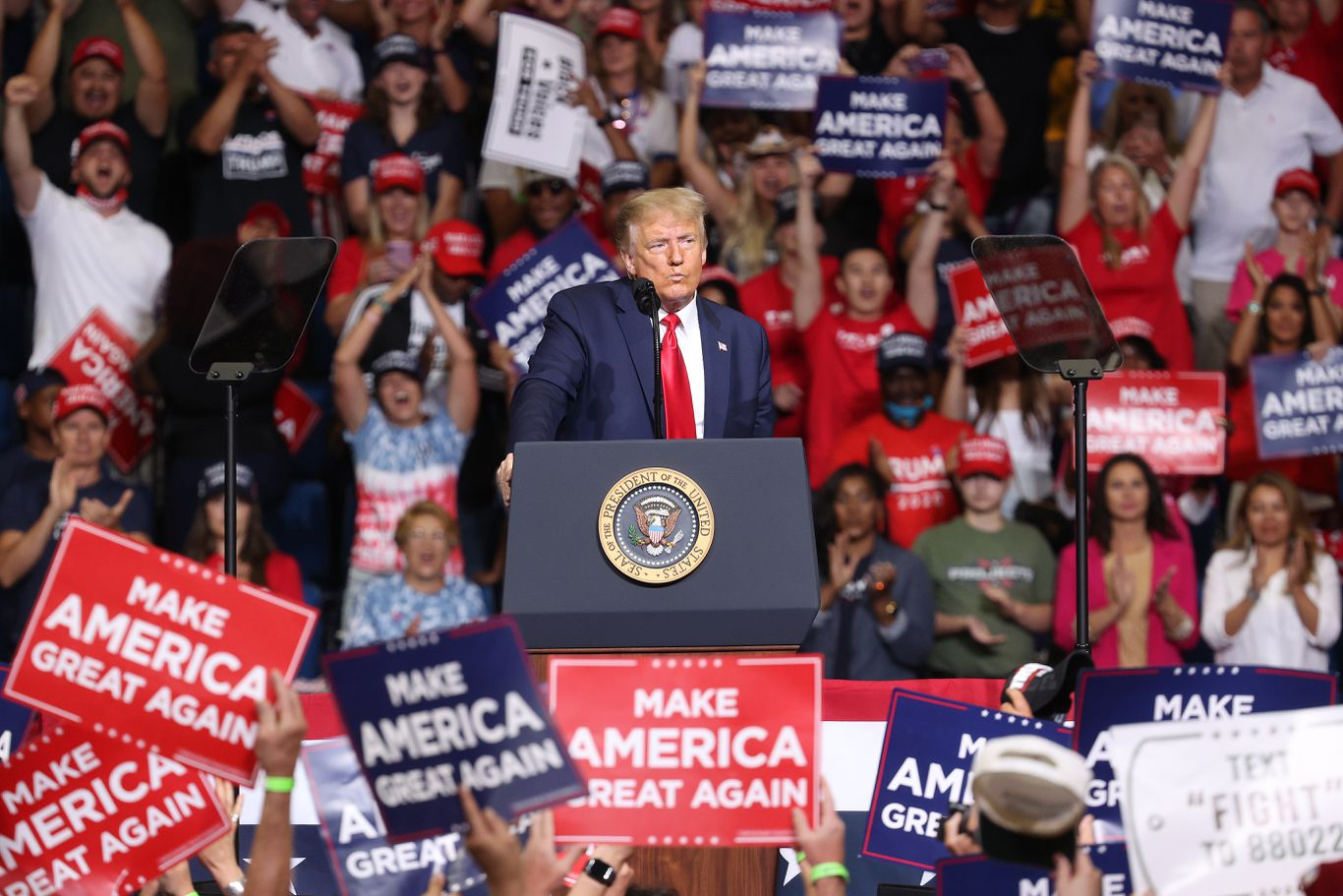 Trump advisers brace for recriminations over lackluster crowd at Tulsa rally thumbnail