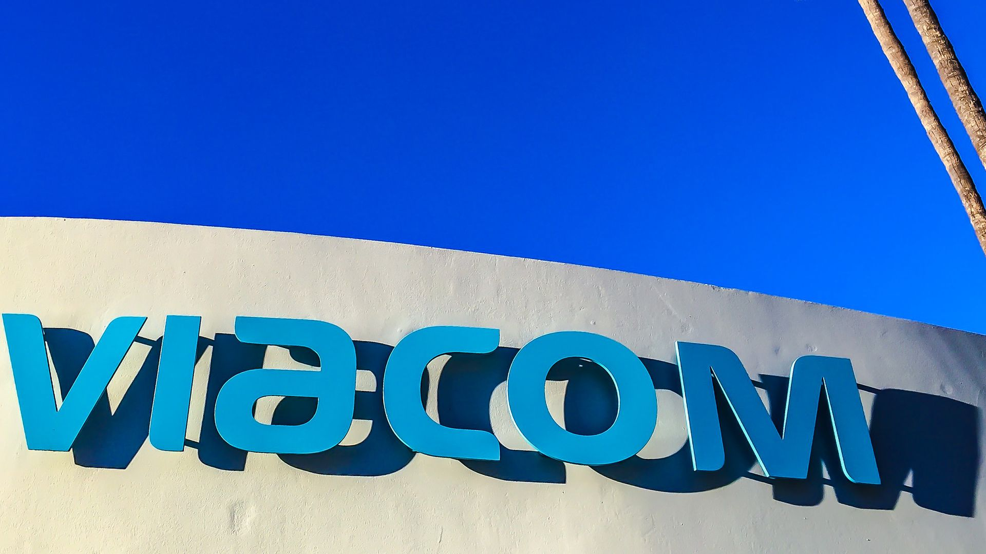 Techmeme: Viacom to acquire Pluto TV, a free, ad-supported