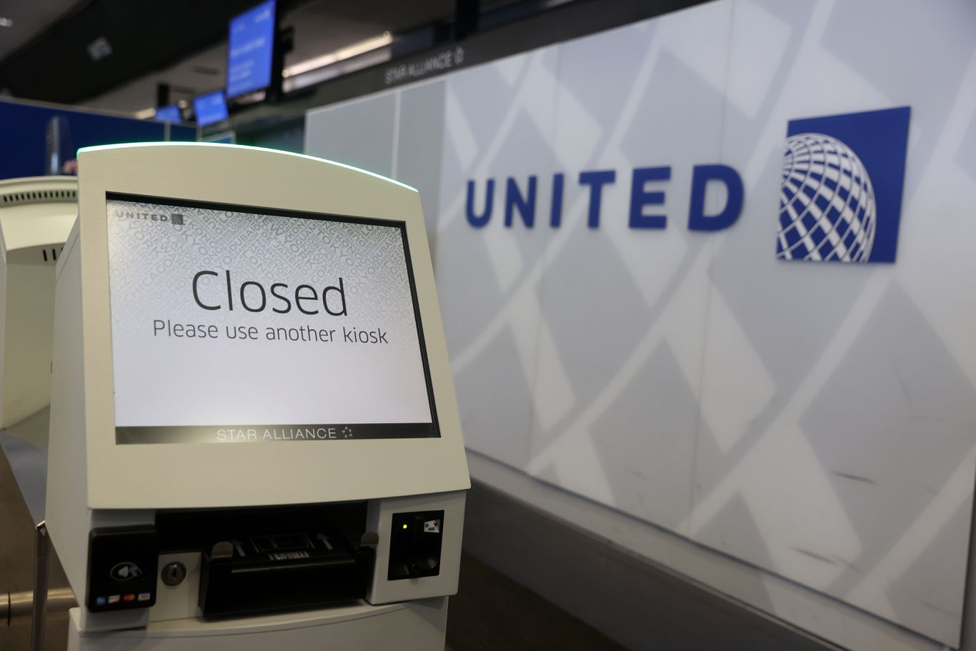 United Airlines asks Congress, Trump to restart talks on airline aid