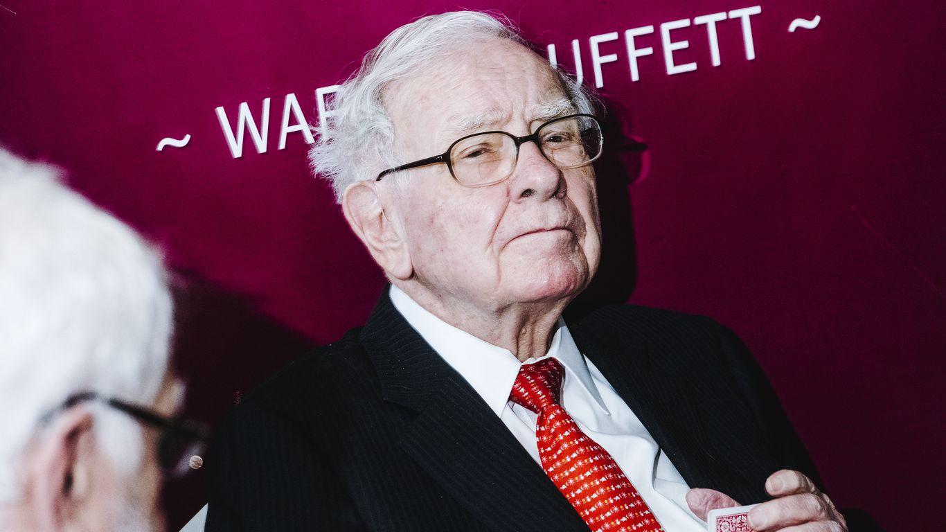 Robinhood fires back at Warren Buffett over casino criticism thumbnail