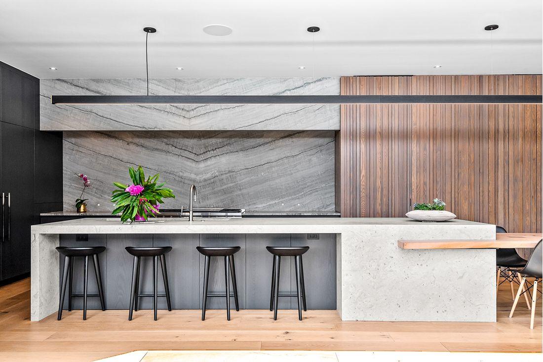 2610 East Cedar Ave kitchen